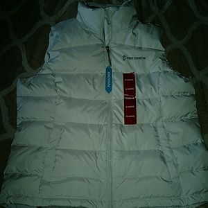 NWT Women's XL Free Country Down Vest